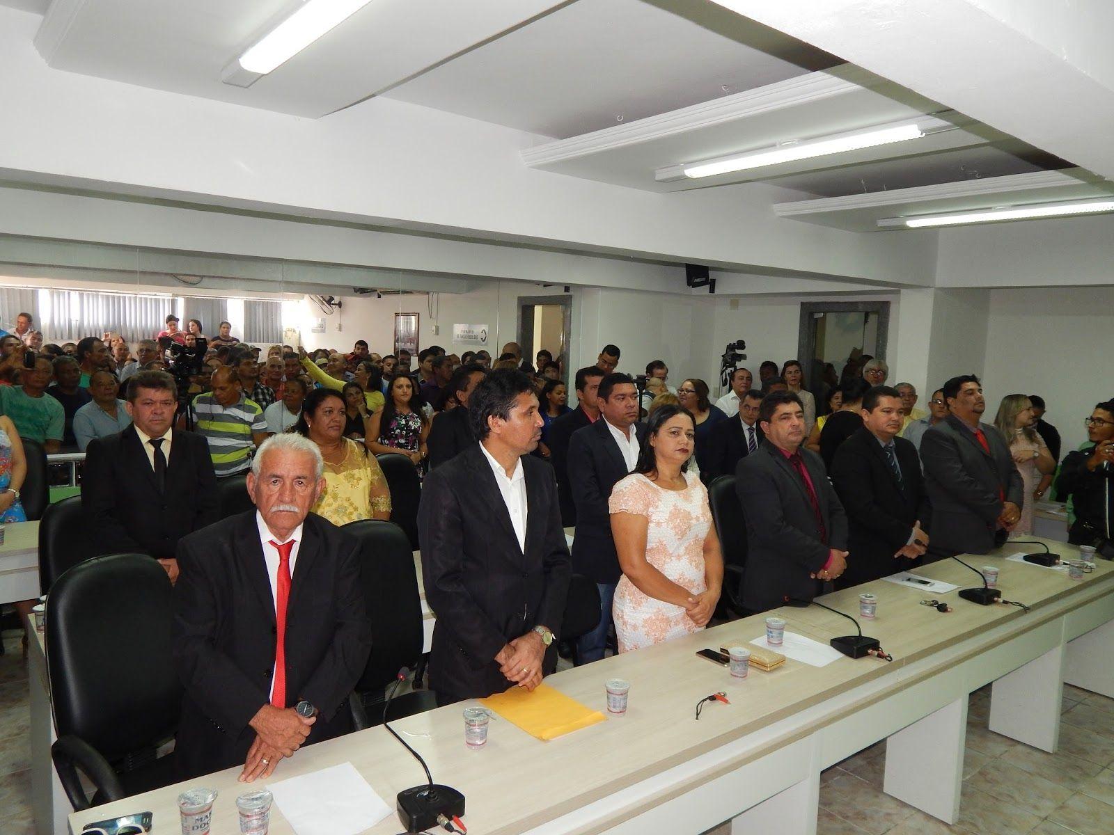 DSCN0926 - FIQUE LIGADO: Câmara Municipal realiza na tarde de hoje, primeira sessão plenária do ano - minuto barra