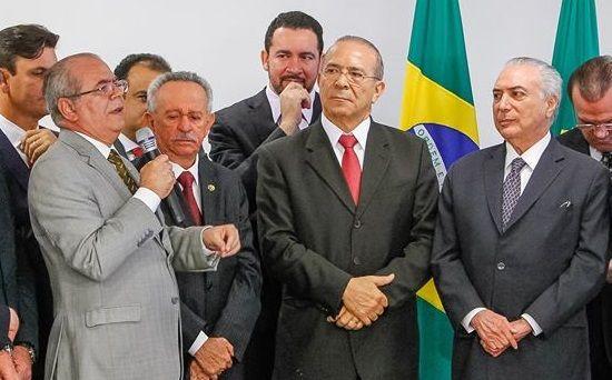 Hildo Rocha e presidente Michel Temer 13 07 2016 02 - PRESTÍGIO: Hildo Rocha indica o novo Secretário Nacional da Saúde Indígena - minuto barra