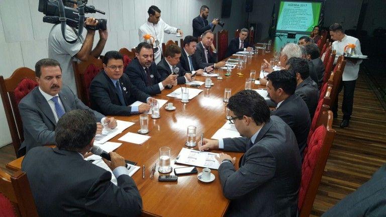 aef163cb c40e 4e1c 98bb 77d3bccb2ac4 768x432 - Rigo Teles participa de reuniões da UNALE em São Paulo, com a presença de Geraldo Alckimin - minuto barra