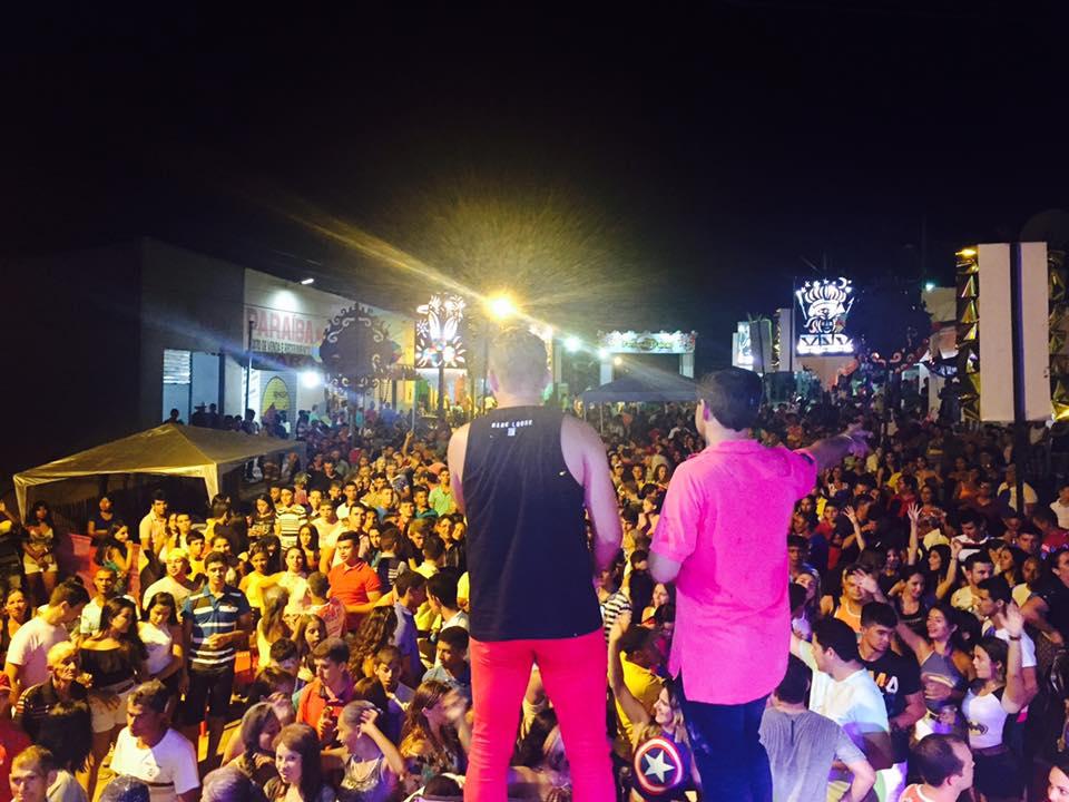 16998877 1285577941532581 8276977676273230006 n - FERNANDO FALCÃO: Prefeito Adailton promove um grande carnaval - minuto barra