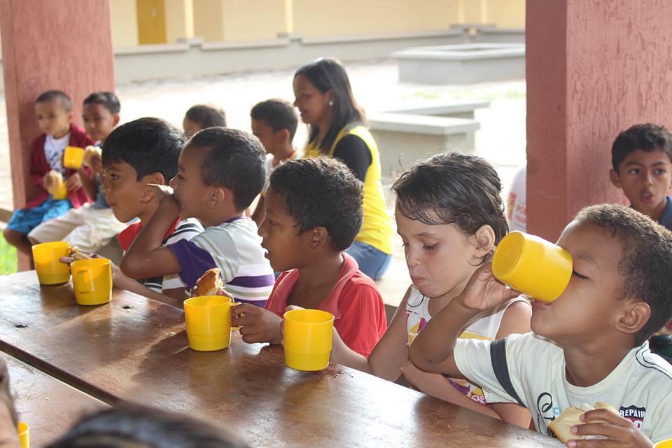 17202766 265019940621572 2562765003556817924 n - Em Porto Franco, comerciantes e produtores da agricultura familiar, fazem doações para a merenda escolar - minuto barra