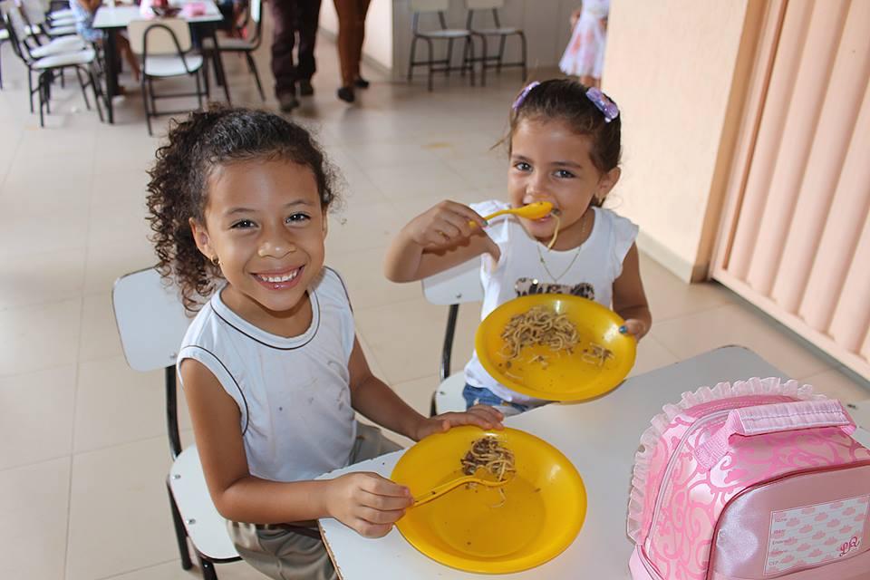 17203253 265023750621191 6061145279249627761 n - Em Porto Franco, comerciantes e produtores da agricultura familiar, fazem doações para a merenda escolar - minuto barra