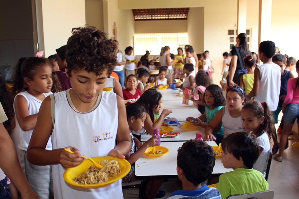 17264724 265023930621173 7195459593172168071 n - Em Porto Franco, comerciantes e produtores da agricultura familiar, fazem doações para a merenda escolar - minuto barra