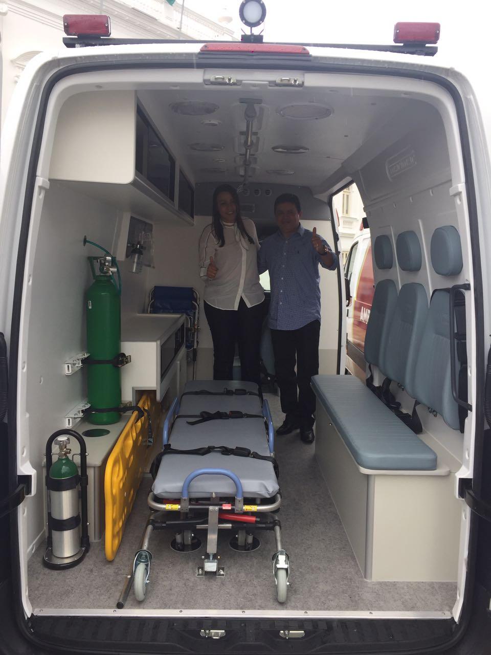 832537a3 d71e 40d1 b17e 5d2788319be2 - Rigo Teles entrega ambulância para a população do município de Arame - minuto barra