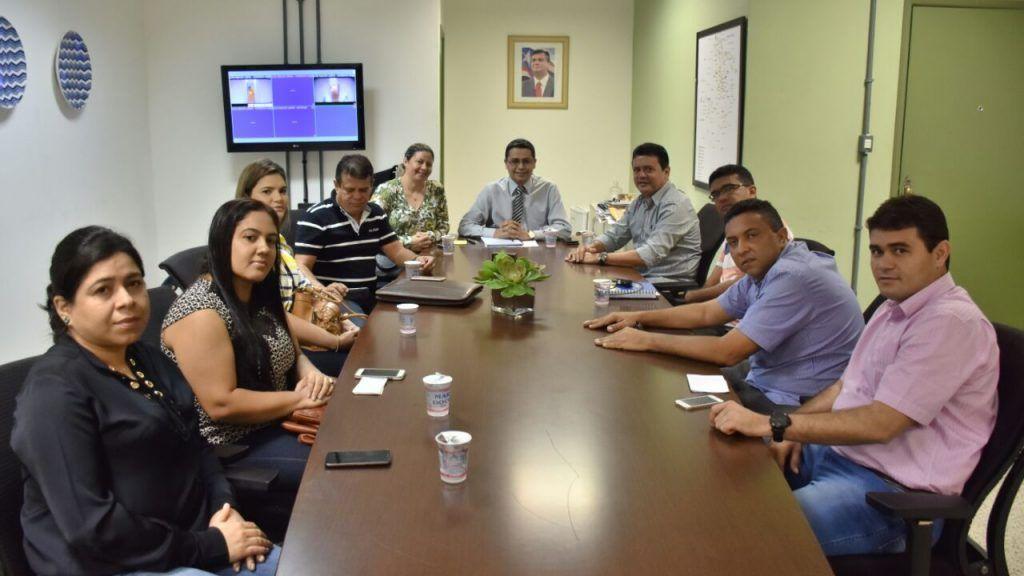 9d927f67 b08d 44cb adfc bb34d905fbde 1024x576 - Rigo Teles reúne cinco prefeitos com Carlos Lula e cobra melhorias para o povo de cinco municípios - minuto barra