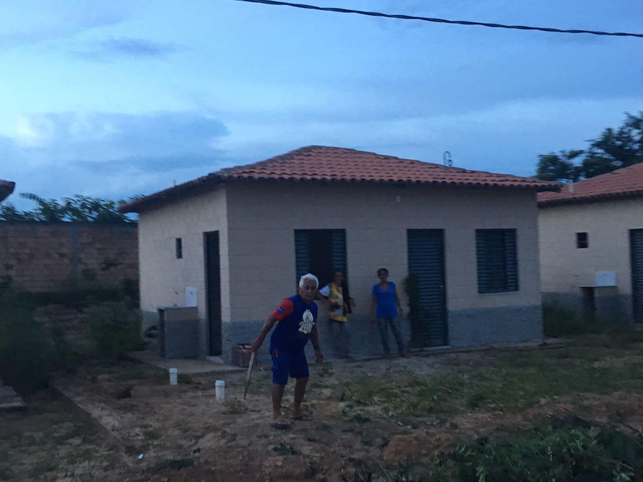 IMG 20170228 WA0033 - INVASÃO: Casas do MINHA CASA MINHA VIDA são invadidas em Barra do Corda - minuto barra
