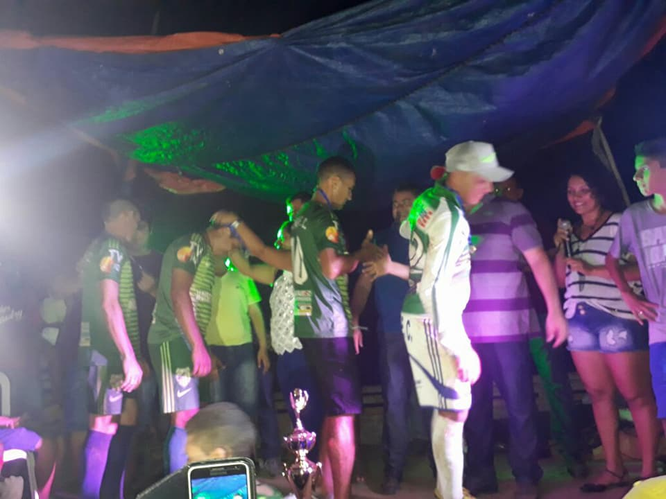 18622665 1794584687430690 7901890933015048807 n - Prefeito Moisés participa da final de campeonato do Povoado Jacaré - minuto barra