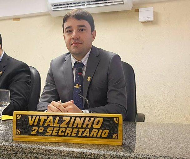 Blog do leonilson Mota Vereador Vitalzinho - Barra do Corda recebe homenagens de autoridades e personalidades da política - minuto barra