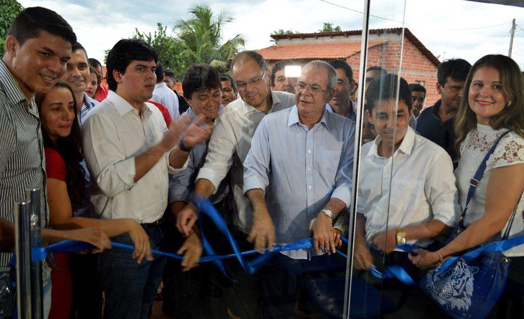 DSC 0993 1024x624 - Hildo Rocha participa de inaugurações em Estreito - minuto barra
