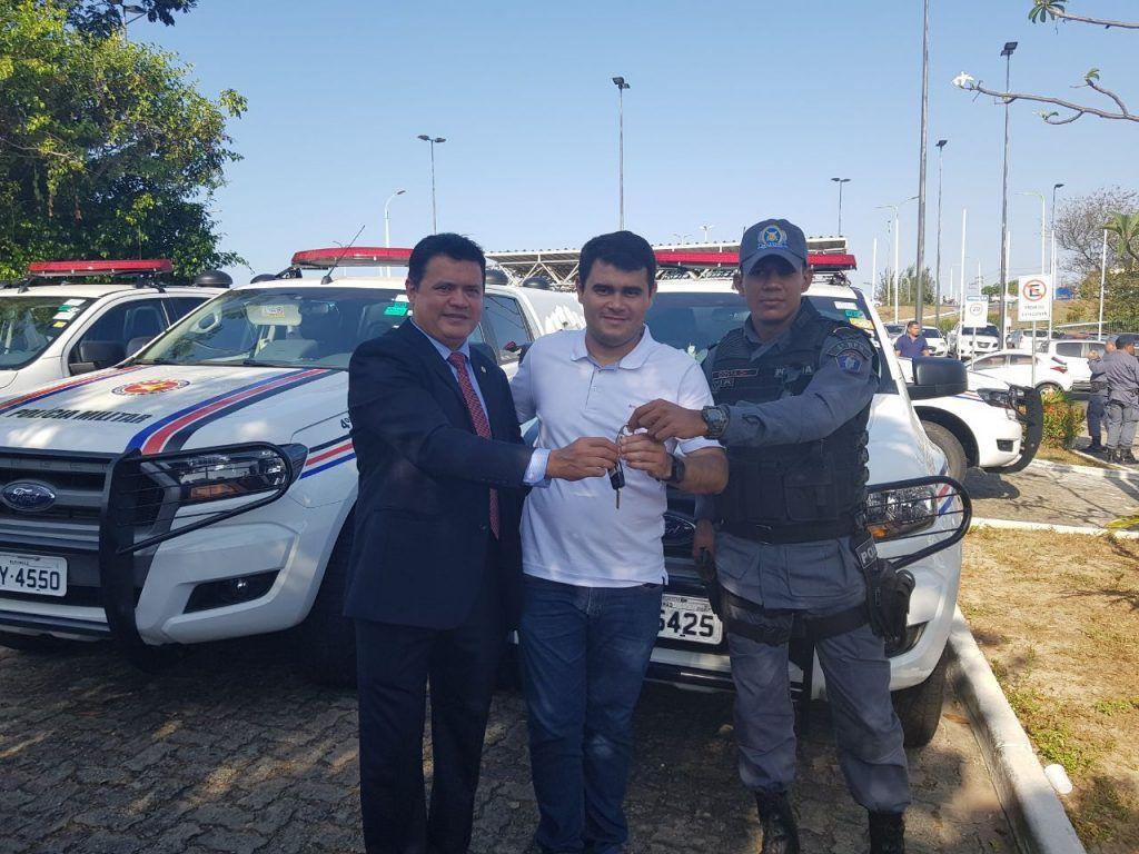 IMG 20170913 WA0036 1024x768 - Rigo Teles entrega viaturas para Santa Filomena, Arame e Feira Nova do Maranhão - minuto barra