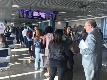 images 7 - Flávio Dino aluga jatinhos para viajar, enquanto Geraldo Alckmin usa avião de carreira - minuto barra