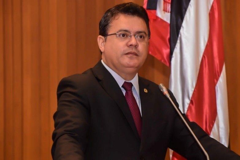 1 8 - Rigo Teles vai reunir prefeitos com o ministro da Educação para tratar de benefícios para o povo - minuto barra
