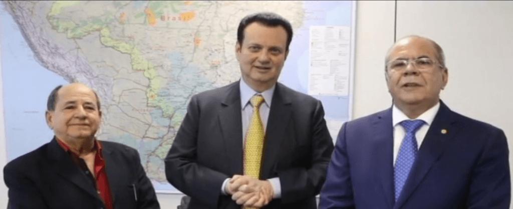 DR. MIGUEL FERNANDES MINSTRO GILBERTO KASSAB E DEPUTADO HILDO ROCHA 1024x417 - Projeto de Hildo Rocha amplia potência de transmissão de rádios comunitárias - minuto barra