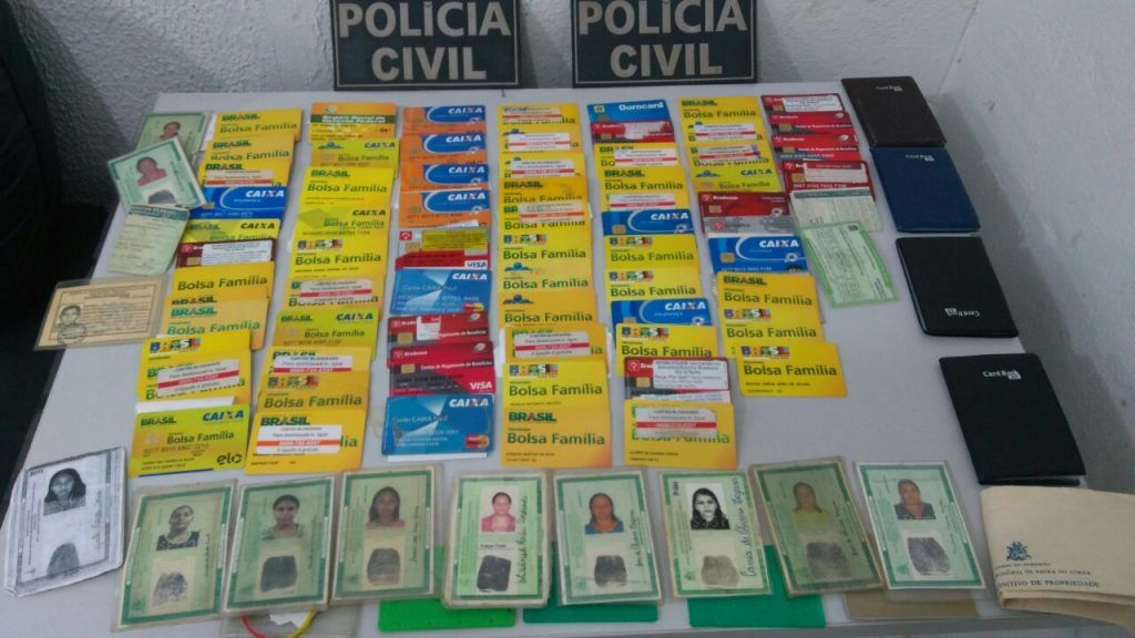 IMG 20171003 WA0004 1024x576 - Preso homem com vários cartões e documentos em Barra do Corda - minuto barra