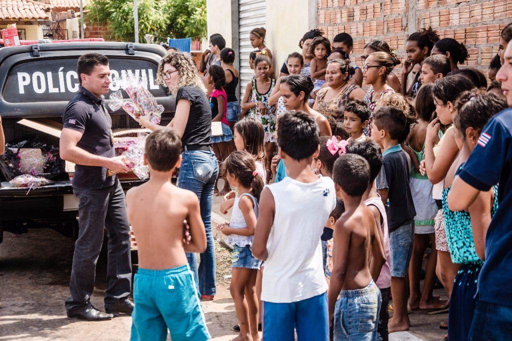 IMG 20171013 WA0009 1024x682 - Delegado Renilton Ferreira promove ação em comemoração ao dia da criança - minuto barra