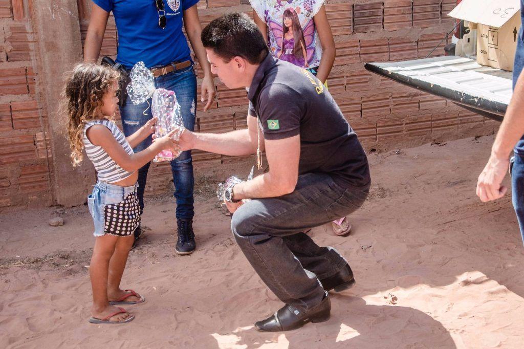 IMG 20171013 WA0015 1024x682 - Delegado Renilton Ferreira promove ação em comemoração ao dia da criança - minuto barra
