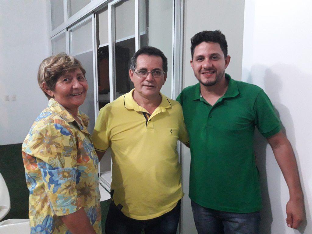 20171112 1838250 1024x768 - Dona Santinha, recebe a visita do Presidente Estadual do PV JOVEM - minuto barra
