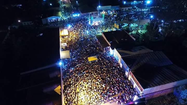 FB IMG 1510397595884 - MEGA FESTA: Uma multidão na comemoração do aniversário de Fernando Falcão - minuto barra