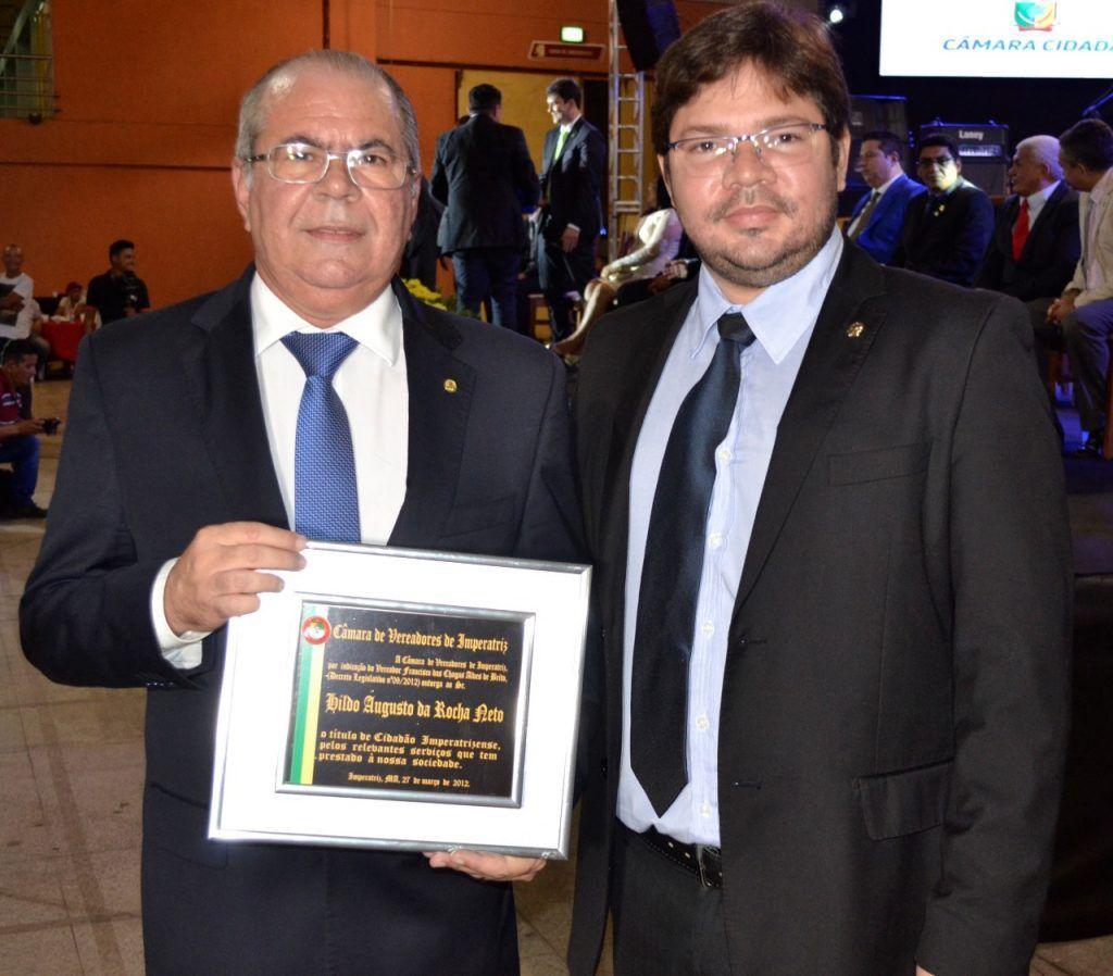 Hildo Rocha com vereador Ademar Freitas Júnior 1024x898 - Hildo Rocha recebe título de cidadão Imperatrizense - minuto barra