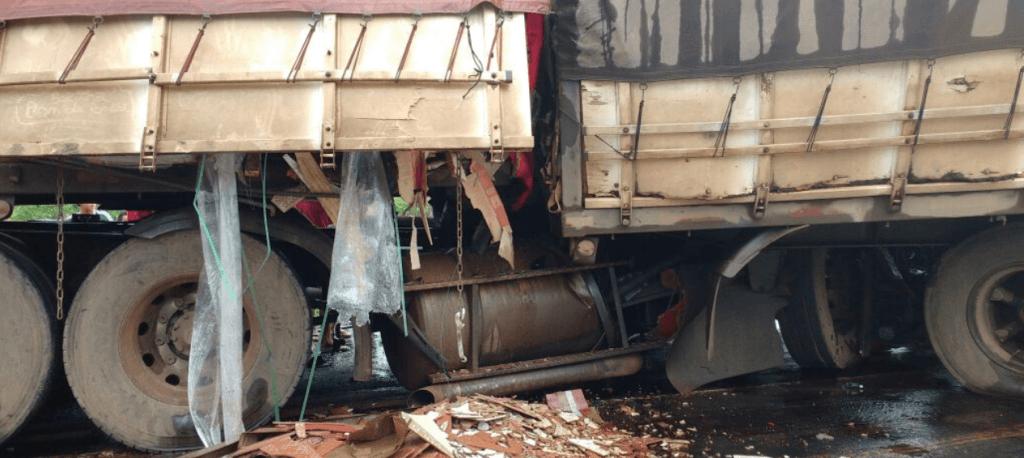 20171214 104356 1024x458 - URGENTE!! Grave acidente na Br-226 entre Barra do Corda e Grajaú - minuto barra