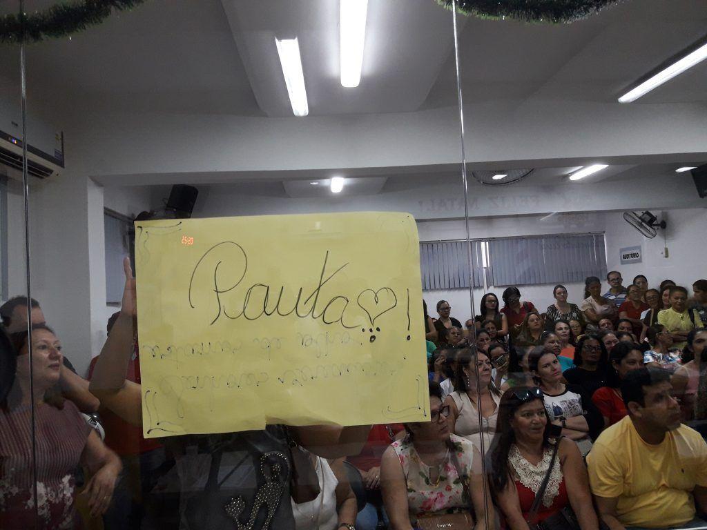 20171219 165141 1024x768 - Professores lotam a Câmara Municipal de Barra do Corda, e sessão se tornou tensa - minuto barra