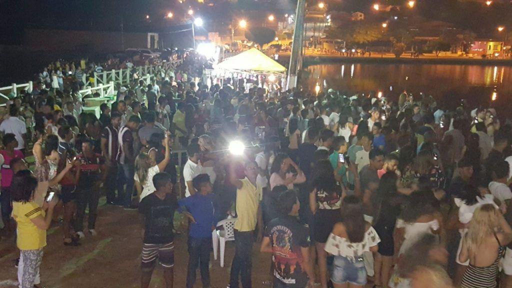 IMG 20180101 WA0042 1024x576 - Prefeito Moisés Ventura, promoveu uma grande festa para receber 2018 - minuto barra