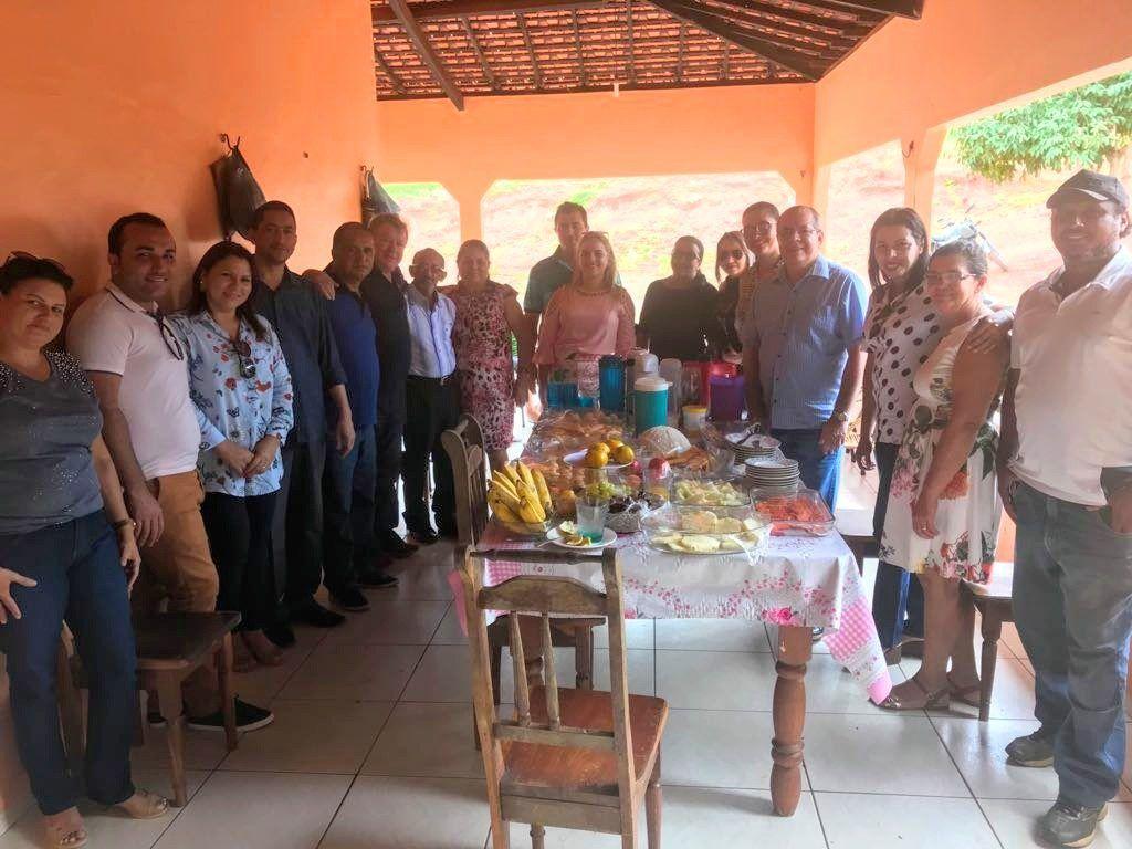 IMG 20180210 WA0039 1024x768 - Deputado Hildo Rocha e Aristides Milhomem visitam Jenipapo dos Vieiras - minuto barra