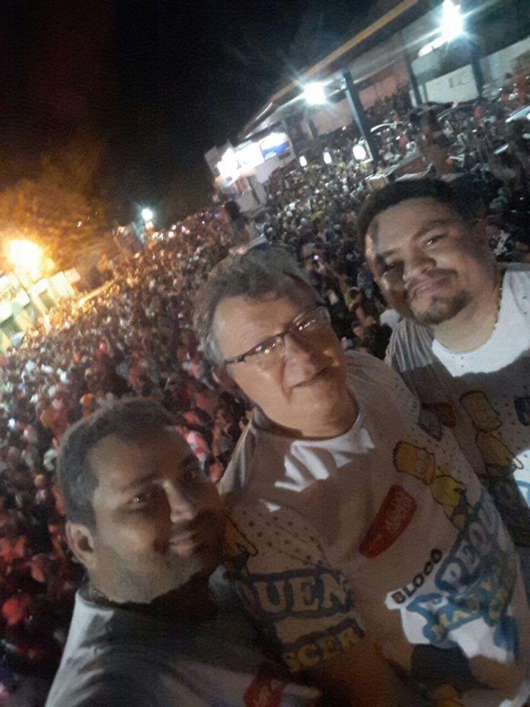 IMG 20180213 WA0012 768x1024 - CARNAVAL: Aristides Milhomem participa do desfile dos Blocos em Barra do Corda - minuto barra