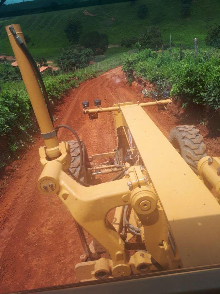 IMG 20180309 WA0096 768x1024 - Prefeito Moisés recupera estradas da zona rural em Jenipapo dos Vieiras - minuto barra