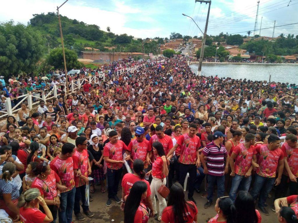 IMG 20180514 WA0009 1024x768 - Foi um show de Wesley? NÃO!! Prefeito Moisés realiza a maior festa do Maranhão em comemoração ao dia das mães em Jenipapo dos Vieiras - minuto barra