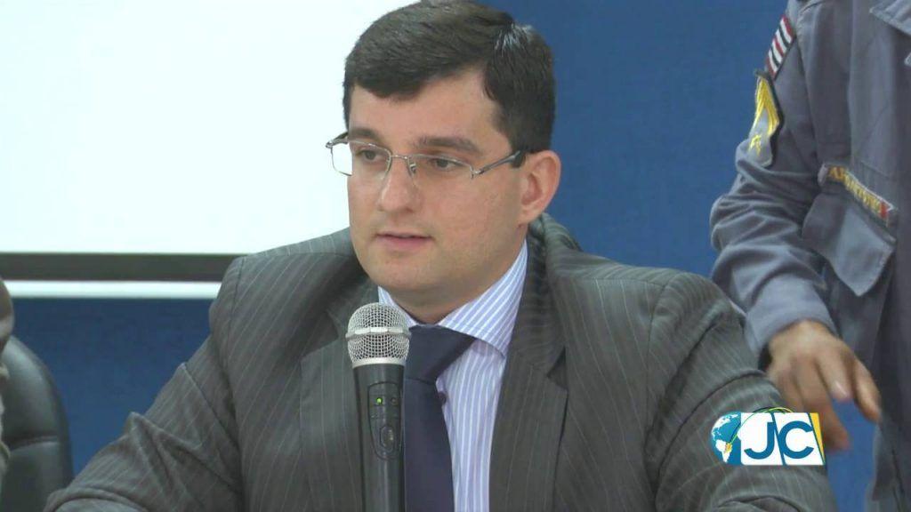 maxresdefault 1024x576 - Juiz bloqueia os bens do prefeito de Fernando Falcão e do ex-prefeito de Jenipapo dos Vieiras - minuto barra