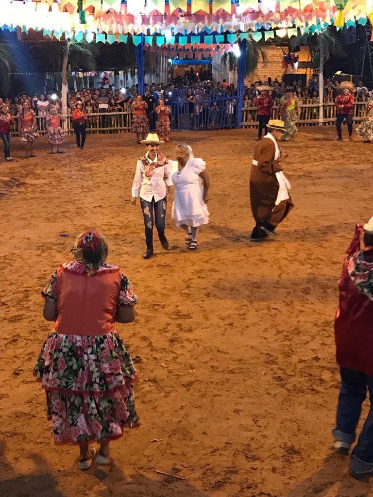 IMG 20180625 WA0006 768x1024 - Prefeito Moisés Ventura prestigia abertura do festejo junino em Jenipapo dos Vieiras - minuto barra