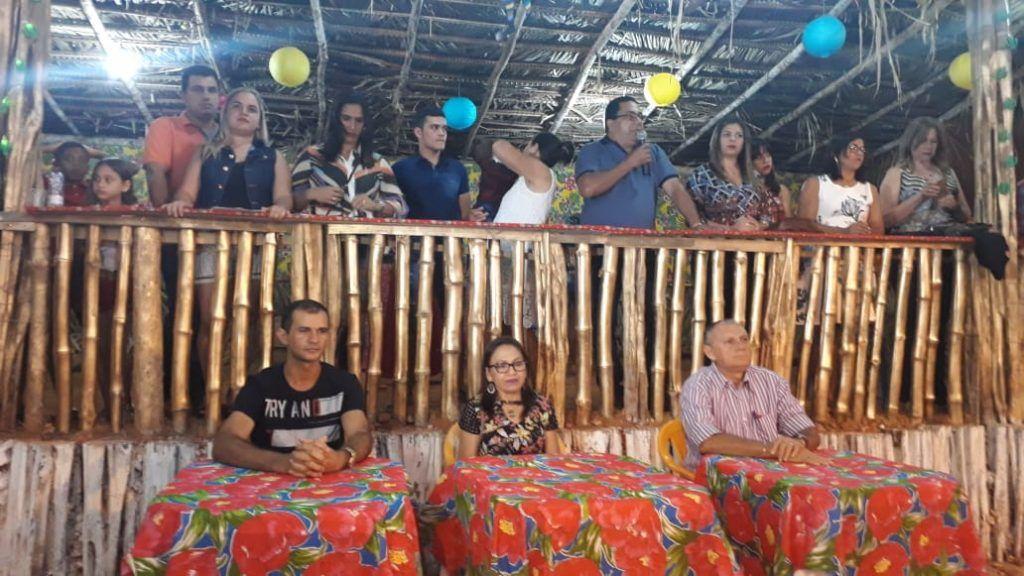 IMG 20180625 WA0018 1024x576 - Prefeito Moisés Ventura prestigia abertura do festejo junino em Jenipapo dos Vieiras - minuto barra