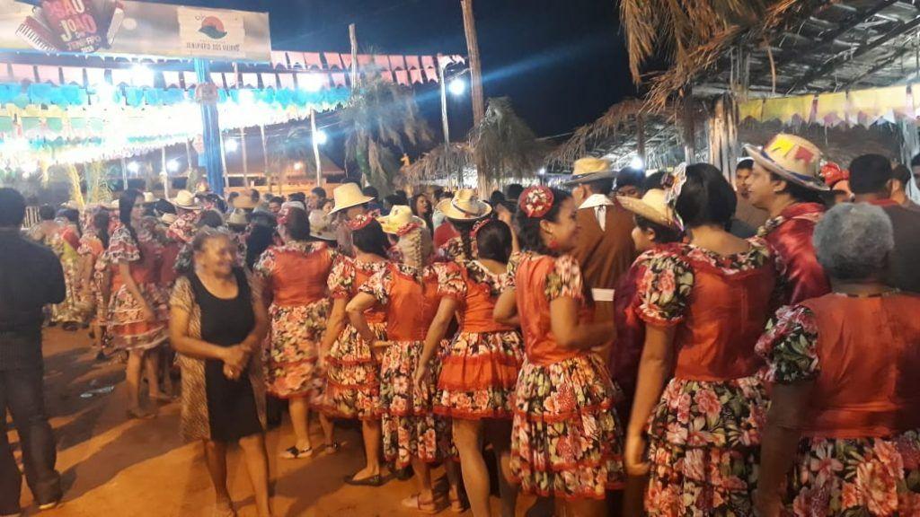 IMG 20180625 WA0020 1024x576 - Prefeito Moisés Ventura prestigia abertura do festejo junino em Jenipapo dos Vieiras - minuto barra