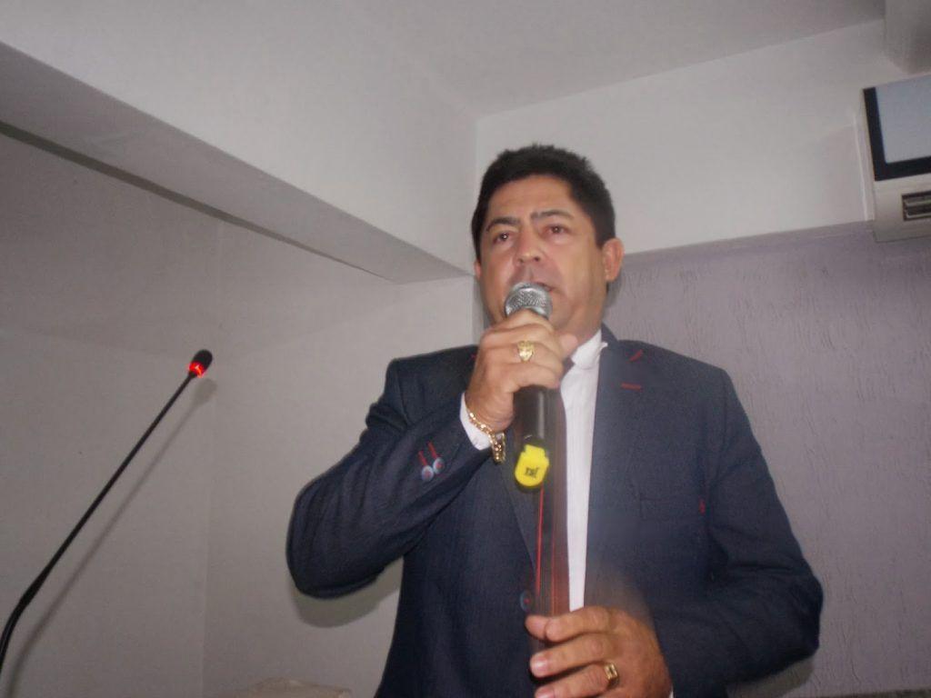 """DSCN7354 1024x768 - EXCLUSIVO!! Raimundo da Rodoviária declara apoio a Antônio Pereira e diz """"foi Avelar que me colocou na vida pública"""" - minuto barra"""