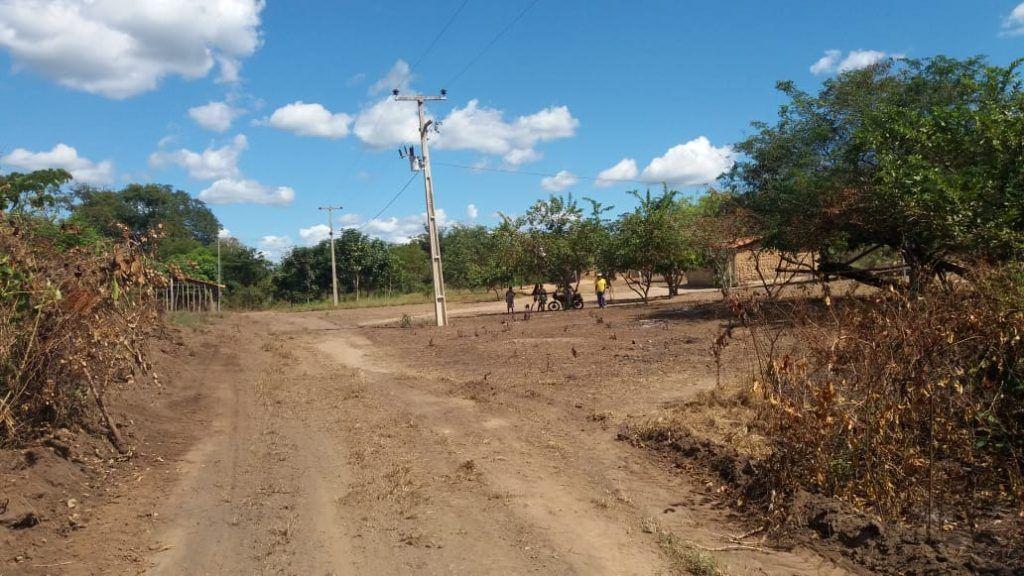 IMG 20180710 WA0063 1024x576 - Prefeito Moisés Ventura recupera estradas das aldeias em Jenipapo dos Vieiras - minuto barra