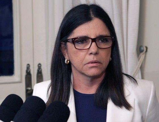 pai2284511 - Roseana lamenta 4 crimes ocorridos na cidade de São João do Sóter em menos de 48h - minuto barra