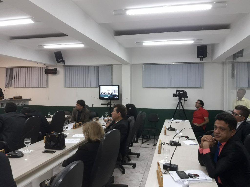20180807 194554 1024x768 - Vereadores da oposição mostram força, e barram dois projetos de Eric Costa na Câmara Municipal - minuto barra