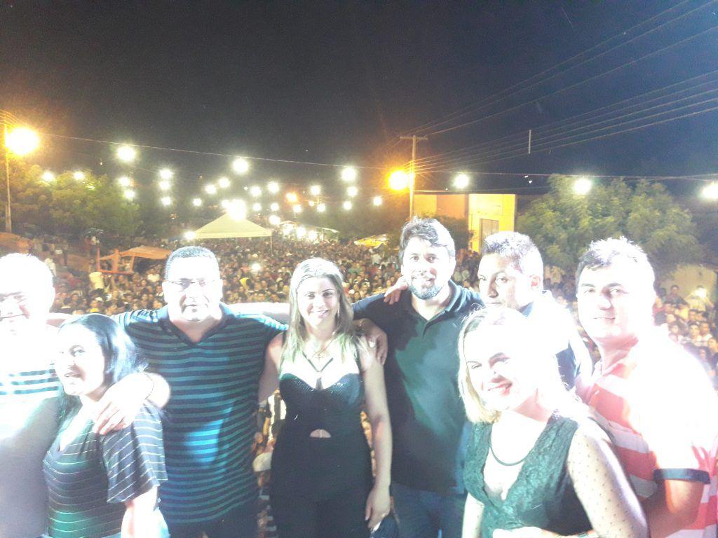 20181111 001600 1024x768 - Cavaleiros do Forró arrasta uma multidão no aniversário de Jenipapo dos Vieiras - minuto barra