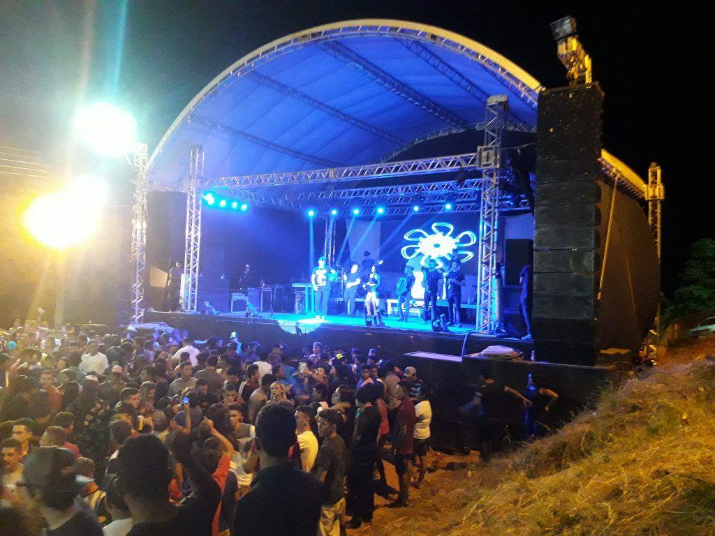 20181111 021159 1024x768 - Cavaleiros do Forró arrasta uma multidão no aniversário de Jenipapo dos Vieiras - minuto barra