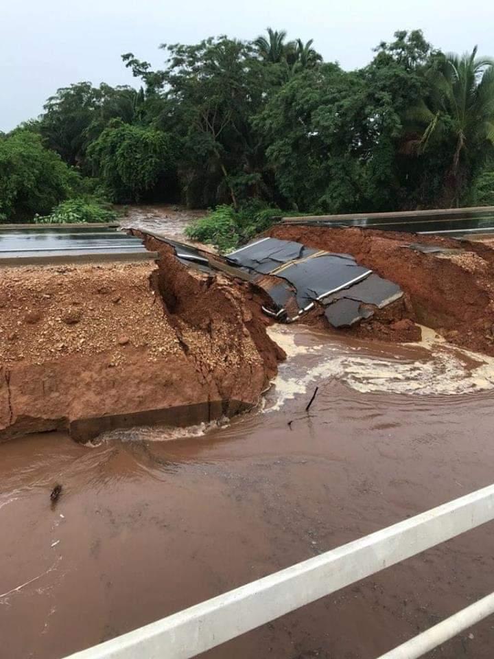 FB IMG 1543959588609 - Rodovia inaugurada pelo governo Flávio Dino às vésperas das eleições, rompe com às primeiras chuvas no Maranhão - minuto barra