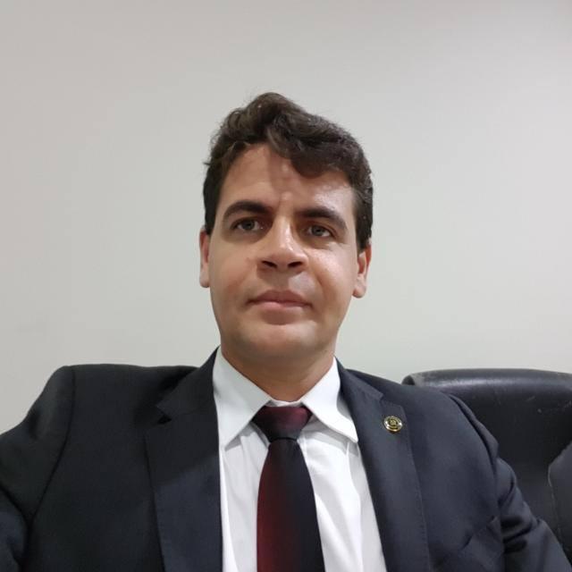 Promotor Fábio Santos 20181205 145534 - MP pede a condenação do prefeito de Bom Jardim, por fraudes em licitação para contratação de veículos - minuto barra