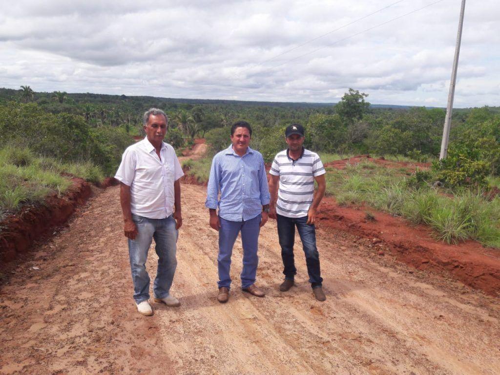 IMG 20190117 WA0008 1024x768 - Prefeito de Formosa da Serra Negra determina recuperação de estradas da zona rural - minuto barra