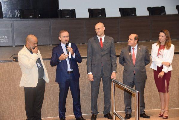 DSC 0066 reduz - Procurador Luiz Gonzaga promove evento com promotores para fortalecer o combate à corrupção no Maranhão - minuto barra
