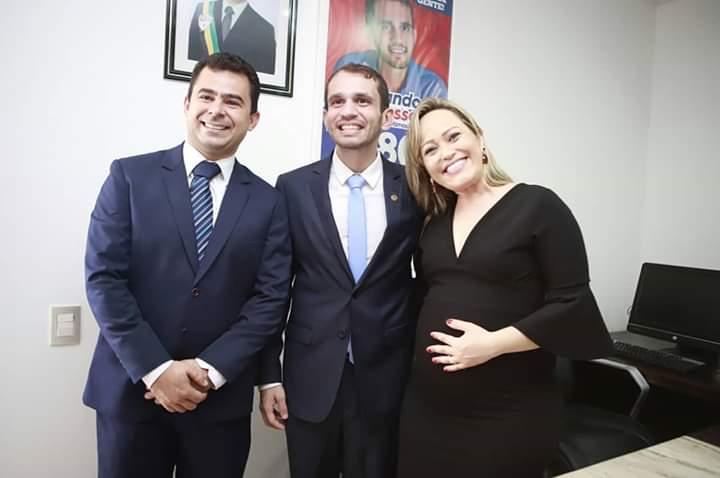 FB IMG 1549072177101 - Com apenas 27 anos, Fernando Pessoa tomou posse no cargo de deputado estadual - minuto barra