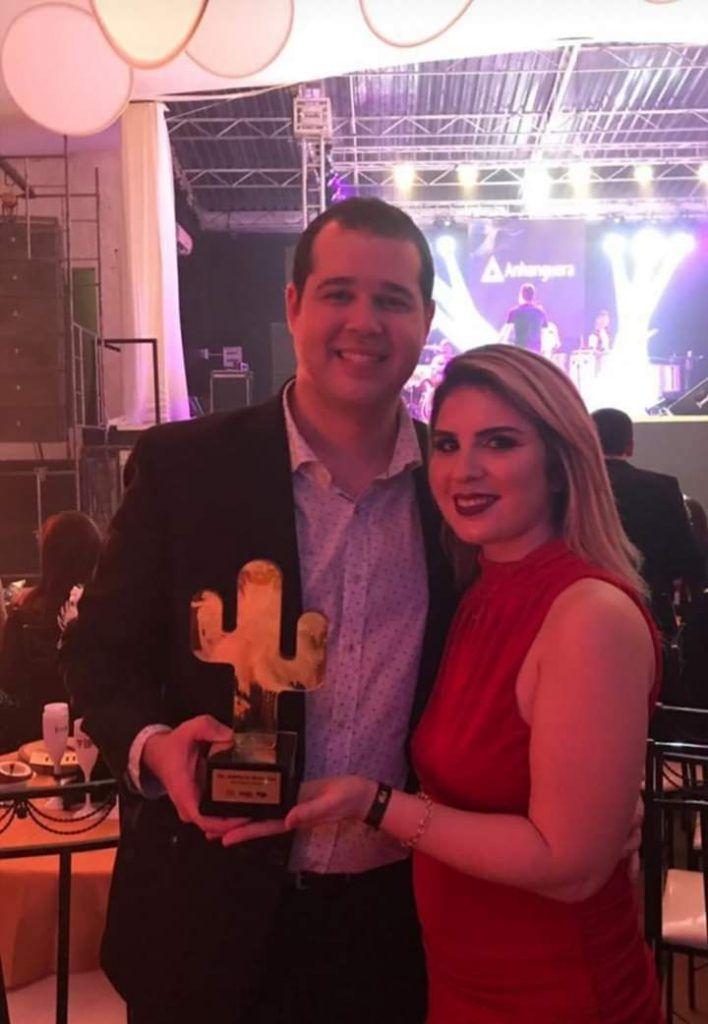 FB IMG 1550606442844 708x1024 - Dr Adriano Brandes é premiado como melhor profissional da saúde em Barra do Corda - minuto barra