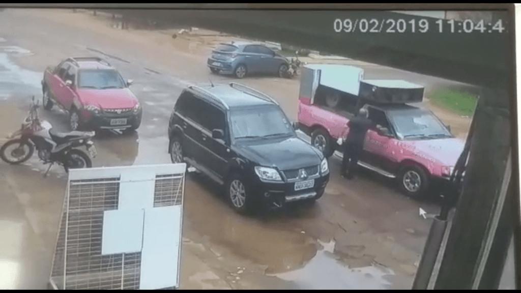 Screenshot 20190209 180705 1024x576 - IRRESPONSABILIDADE: Veja aqui o vídeo com imagens do acidente entre carro e moto em Barra do Corda - minuto barra