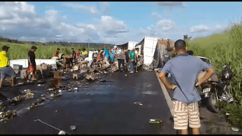 Screenshot 20190228 185433 1024x576 - Motorista tenta se livrar de assalto e tomba carreta na Br-226 entre Grajaú e Barra do Corda - minuto barra