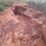 FB IMG 1553535628197 150x150 - VEJA AQUI: Cratera se abre no bairro tamarindo e coloca em risco a vida de pessoas - minuto barra