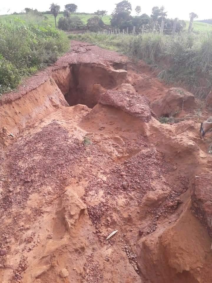FB IMG 1553535628197 - Estrada que liga o Povoado Três Lagoas do Manduca até a Br-226, encontra-se destruída pelas fortes chuvas em Barra do Corda - minuto barra